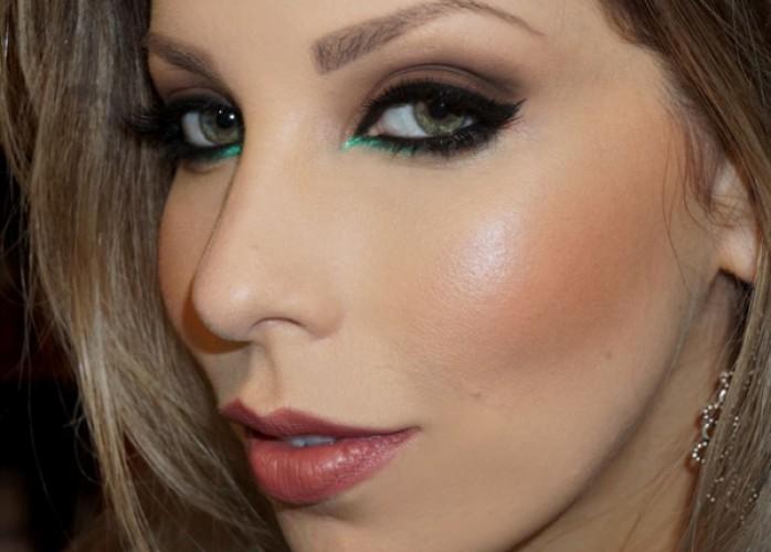 maquiagem com perfeição,pra você que esta iniciando nesse mundo colorido