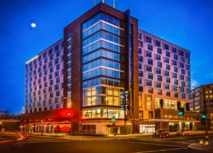 skyspring hotel buscando novos funcionários