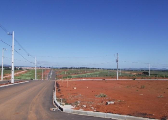 terrenos em oferta uvaranas