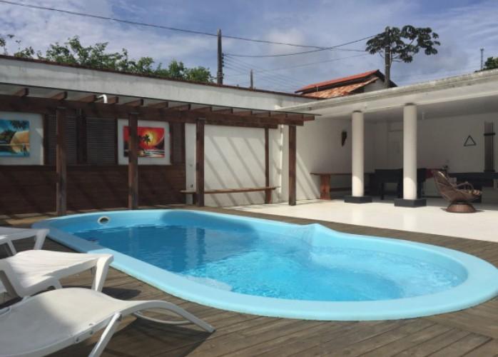 férias em linda casa com piscina em balneário camboriú-sc