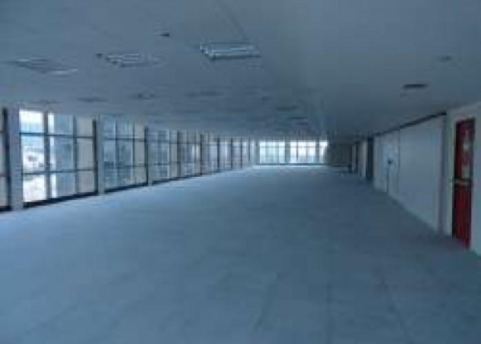 piso elevado para call center