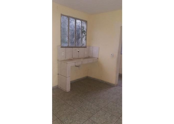 Casa para locação com 2 quartos sendo 1 suíte, no bairro Caiçara, Nova Iguaçu