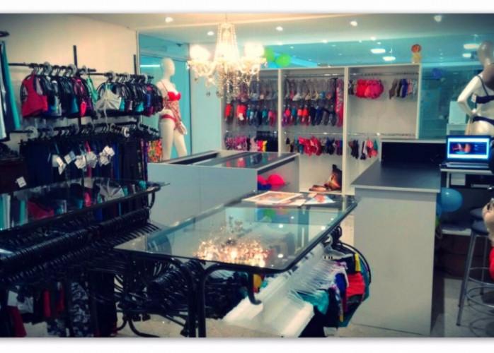 Vende-se Loja de Moda Feminina (Praia; Íntima e Fitness) - Praia Ingleses - Florianópolis