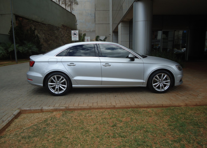 Audi A3 TFSI Ambition 1.8 Automatico Turbo + Teto Solar Pano