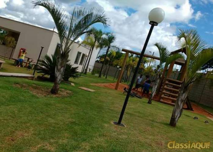 Uberaba, Apartamento 2d, seminovo, garagem, ótima localização, muita área verde