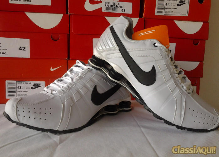 Nike shox Junior top