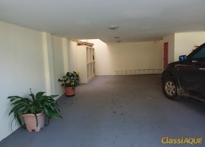 Apartamento com 3 vagas na garagem no bairro Lagoa em Macaé-RJ
