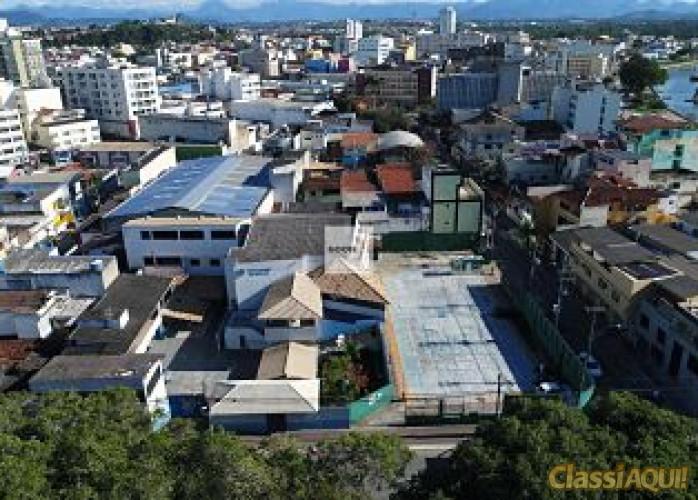 Terreno no Centro Comercial de Macaé-RJ