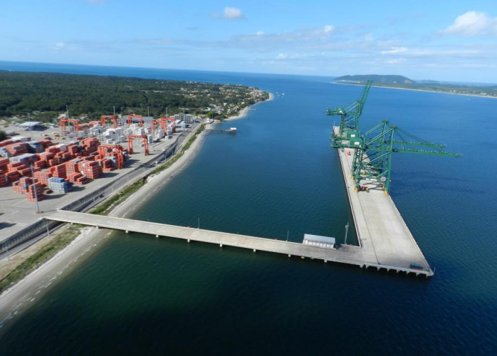 Área - Porto de Itapoá - Balneário Santa Terezinha