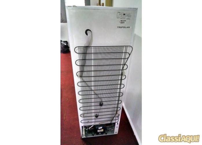 Refrigerador Consul CRP28 com Dispenser de água na porta seminova