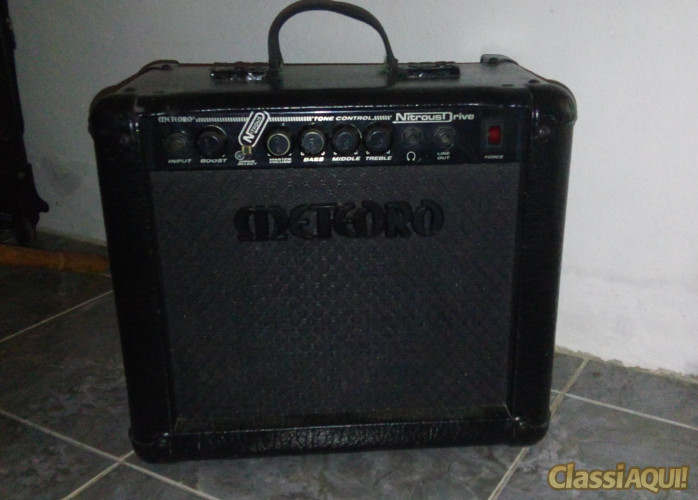 caixa de guitarra meteoro