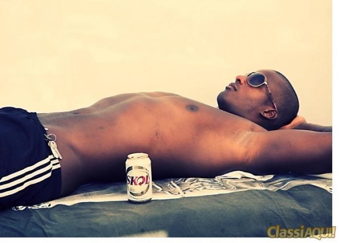 Luiz- rapaz ativo,Negro  26 anos, 21 de dote grosso 182 de altura, R$: 130,00