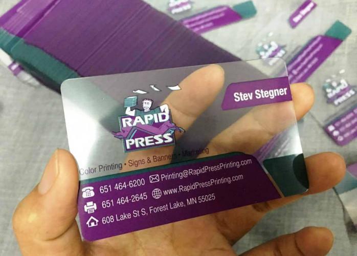 Cartão de PVC Transparente a Partir de 89,99 Qualidade Fantástica