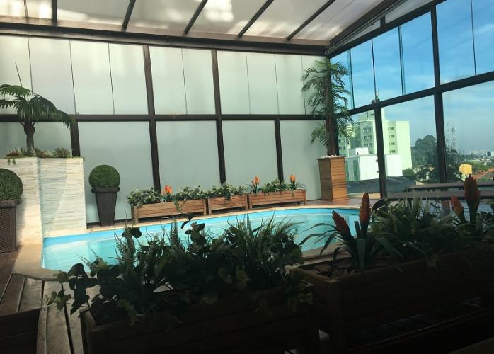 Cobertura Mobiliada com Piscina, 1 Suíte 121 m² em São Bernardo do Campo - Jardim do Mar. Piso inferior: sala de estar/T