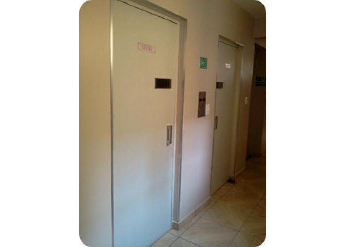 Pintura de Portas de Elevadores