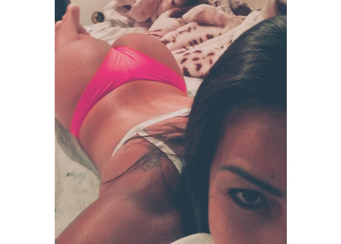 Rafaella Lins  Mulata de 20 anos