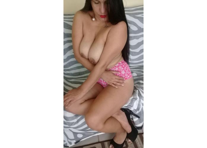 VANESSA MORENA COM ANAL