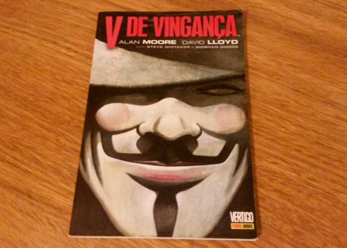 HQ – V de Vingança – Vertigo (Alan Moore e David Lloyd)