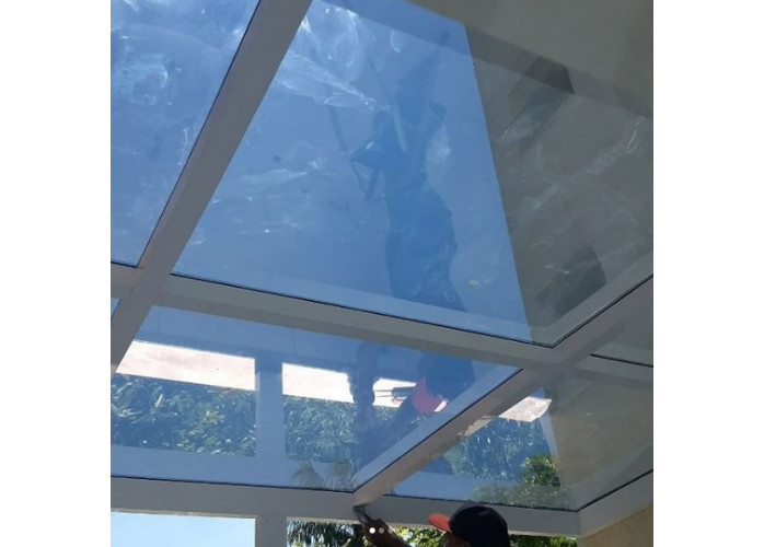 Vedação de coberturas de vidro e policarbonato