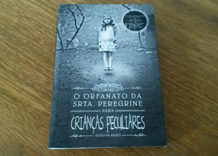 Livro – Orfanato da Srta. Peregrine para Crianças Peculiares Ed. Leya