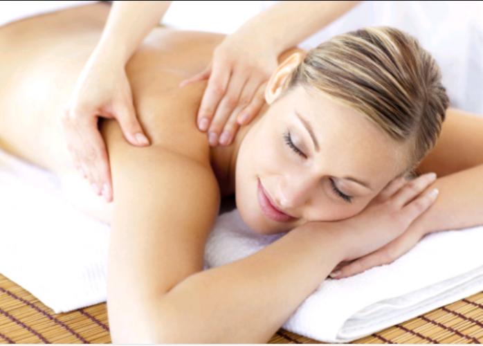 Massagem relaxante e tantrica completa. Para homens e mulheres. 24 hrs