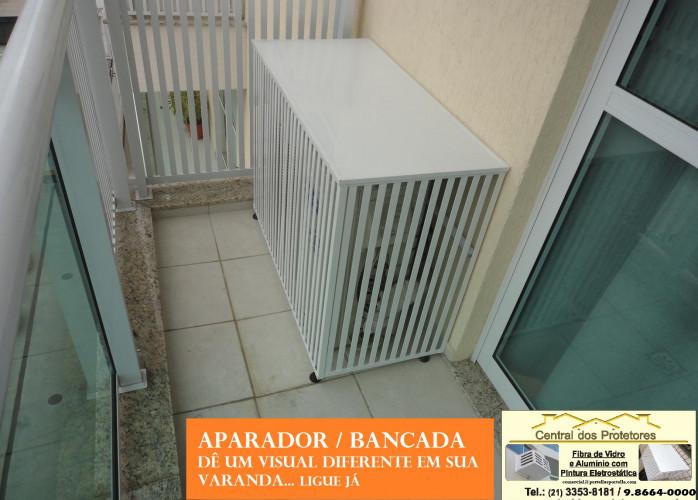 Split na varanda melhorar visual, esconder condensadora e criar bancada