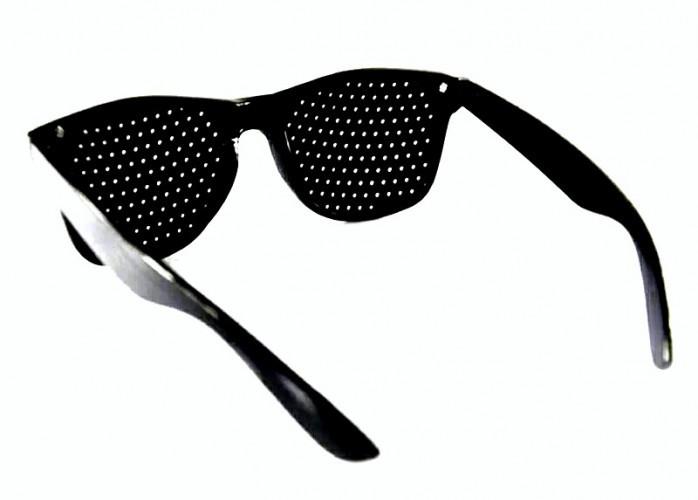 Óculos pinhole furadinho reticulados yoga para olhos