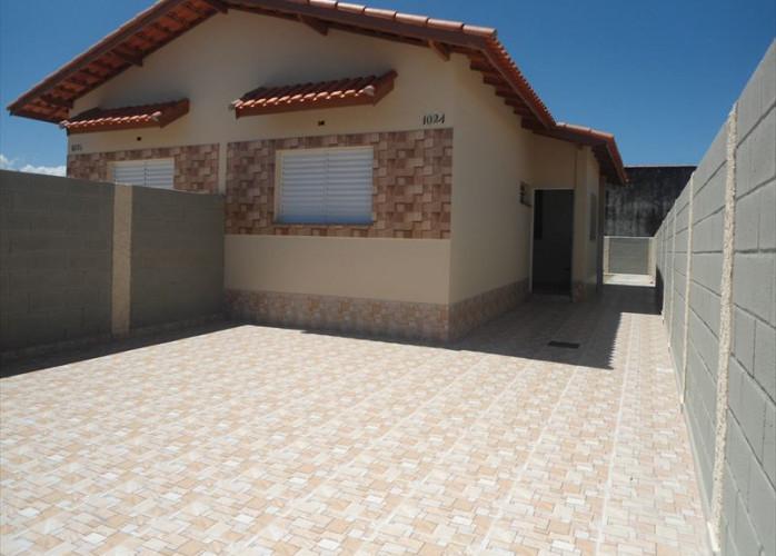 Casa de 1 dormitório a venda na praia (Itanhaém)