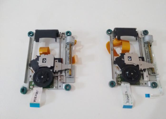 Kit 2 Leitores Completo P/ Ps2 Slim Khm-430 Com Defeito