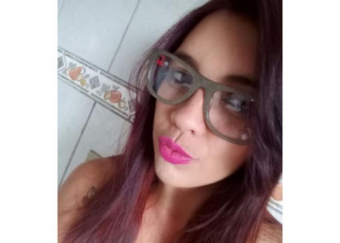 Cristal safadinha com promocao  50 reais meia hora estilo namoradinha