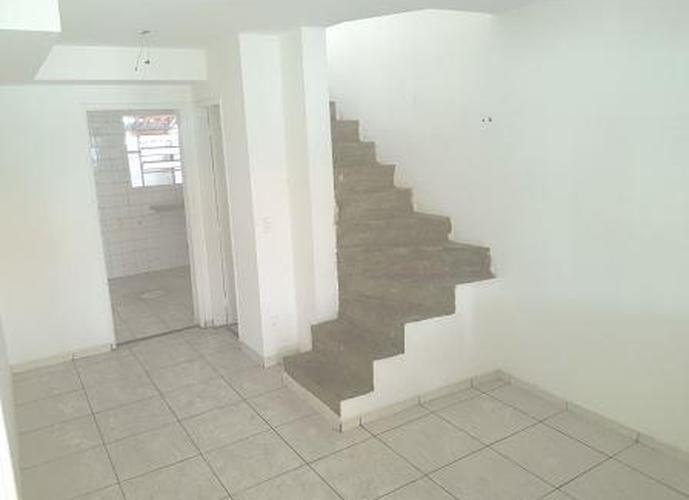 Sobrado à venda, 60 m², 2 quartos, 1 banheiro