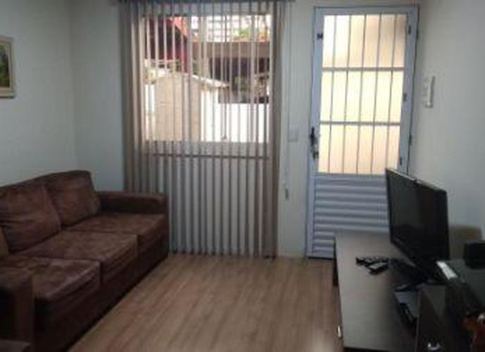 Sobrado à venda, 78 m², 2 quartos, 1 banheiro