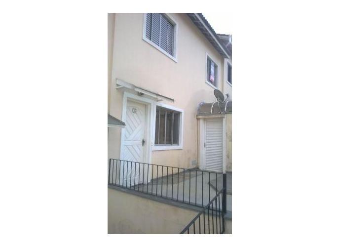 Sobrado à venda, 65 m², 2 quartos, 1 banheiro, 2 suítes