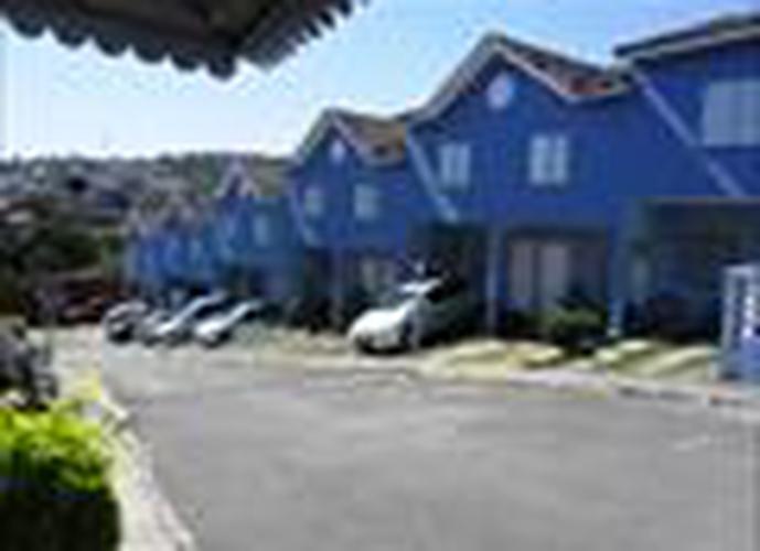 Sobrado à venda, 81 m², 2 quartos, 2 banheiros