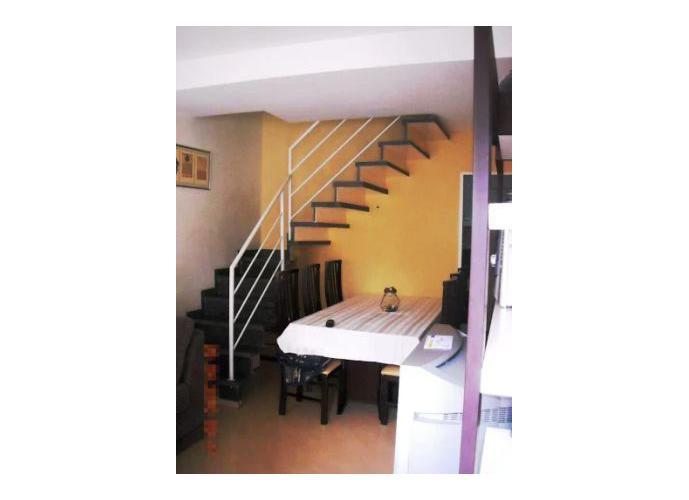 Sobrado à venda, 70 m², 2 quartos, 1 banheiro