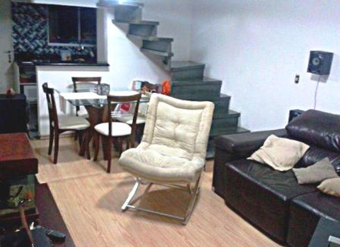 Sobrado à venda, 128 m², 2 quartos, 1 banheiro