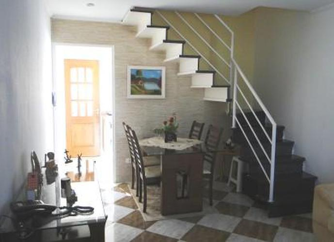 Sobrado à venda, 105 m², 2 quartos, 1 banheiro