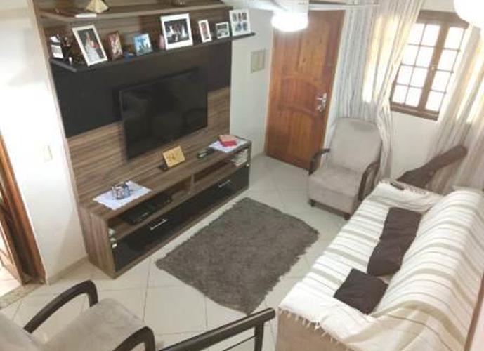 Sobrado à venda, 71 m², 2 quartos, 1 banheiro, 2 suítes
