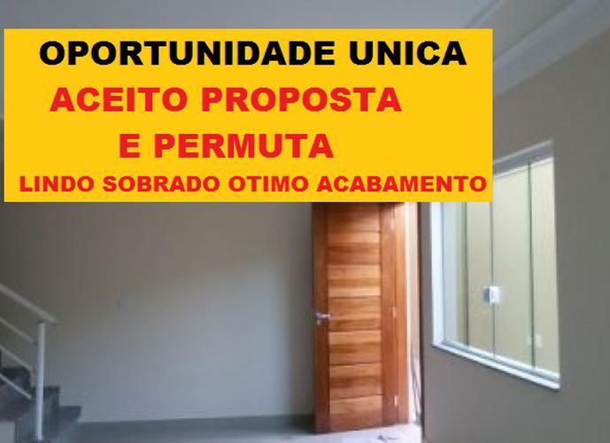 Sobrado à venda, 102 m², 3 quartos, 1 banheiro, 1 suíte