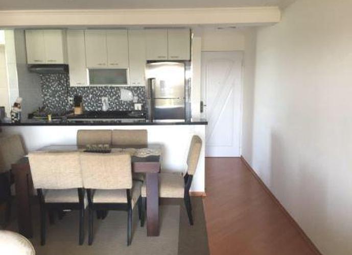 Apartamento à venda, 68 m², 3 quartos, 2 banheiros, 1 suíte