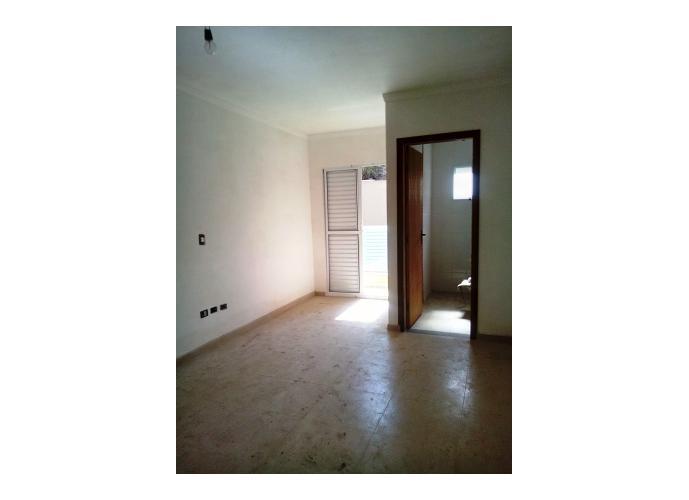 Sobrado à venda, 108 m², 2 quartos, 1 banheiro, 2 suítes