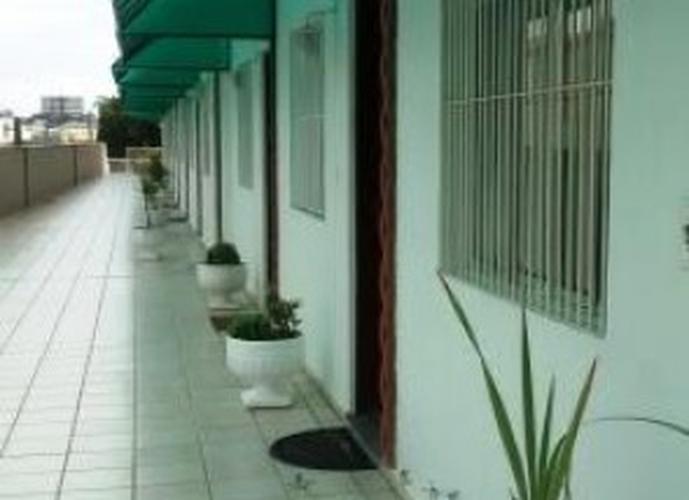 Sobrado à venda, 56 m², 2 quartos, 1 banheiro
