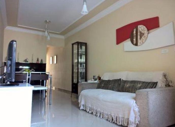 Sobrado à venda, 110 m², 2 quartos, 1 banheiro