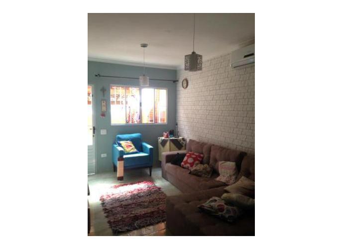 Sobrado à venda, 70 m², 2 quartos, 1 banheiro, 1 suíte