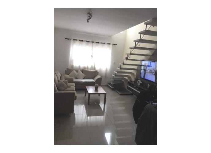 Sobrado à venda, 90 m², 2 quartos, 2 banheiros, 1 suíte