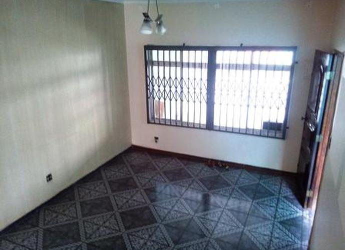 Sobrado à venda, 125 m², 4 quartos, 1 banheiro
