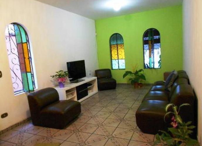 Sobrado à venda, 145 m², 3 quartos, 2 banheiros, 1 suíte