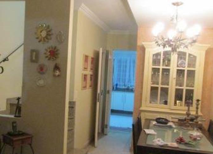 Sobrado à venda, 91 m², 2 quartos, 2 banheiros