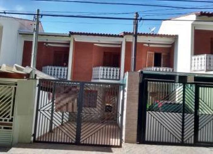 Sobrado à venda, 107 m², 2 quartos, 1 banheiro, 2 suítes