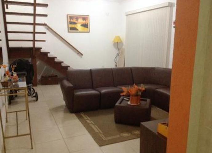 Sobrado à venda, 130 m², 3 quartos, 1 banheiro